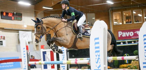 Mikaela Gustaphson hoppade hem YRSM-guld
