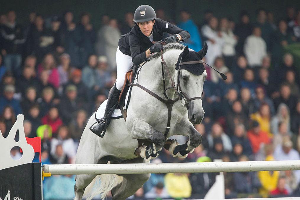 170716 Angelie von Essen, SVERIGE hoppar med hästen Daniel i Falsterbo Grand Prix under dag nio av Falsterbo Horse Show den 16 juli 2017 i Falsterbo.Foto: Roland Thunholm / BILDBYRÅN / kod PA / 91804
