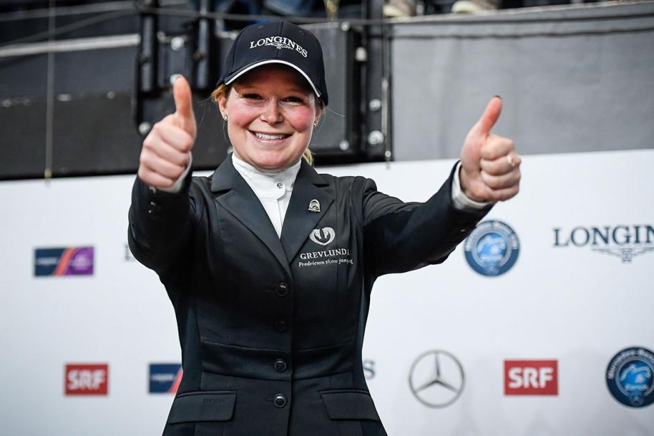 Stephanie Holmén världscupsvinnare i Zürich