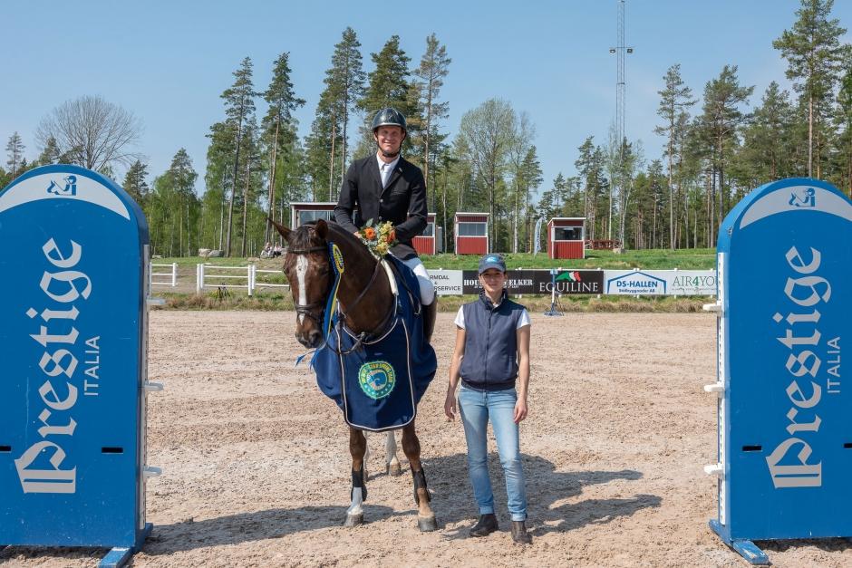 Omhoppning med spets för Fredrik – vann 7-Star i Hammarö
