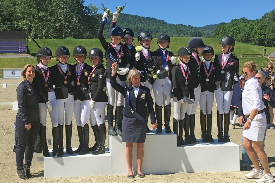 Ponnylaget gjorde det igen – svensk guldrepris på NM