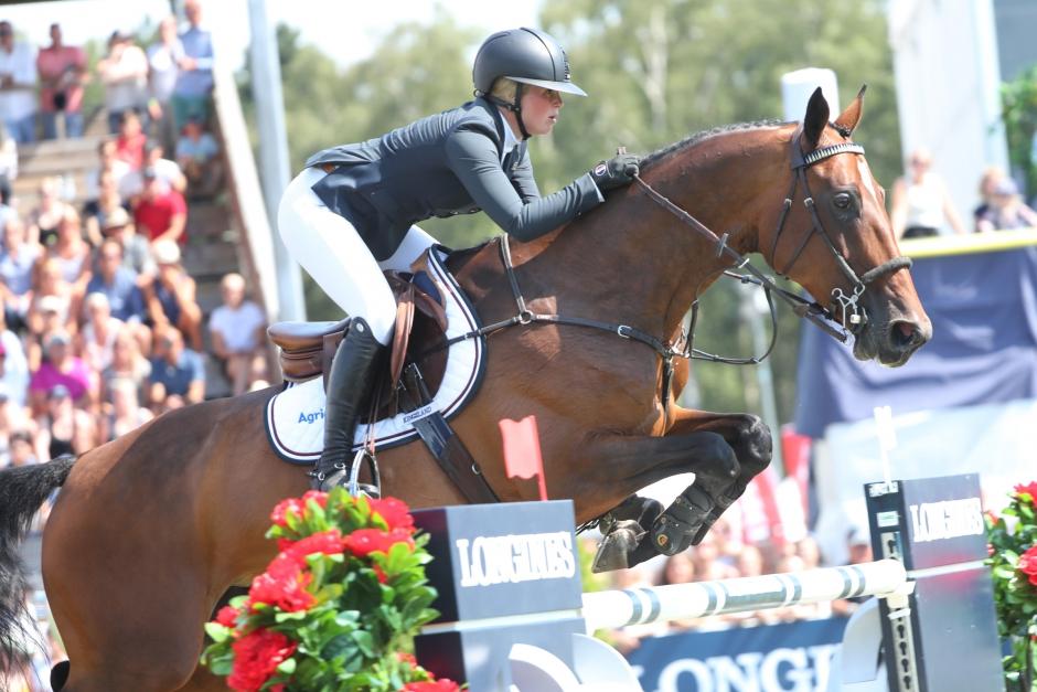 """Stephanie Holmén och """"Sparven"""" GP-vinnare"""