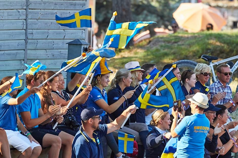 Två svenska ungdomsryttare till EM-final i hoppning