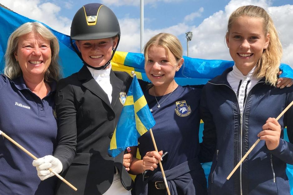 Dundersuccé: Tre svenskar till EM-final i dressyr