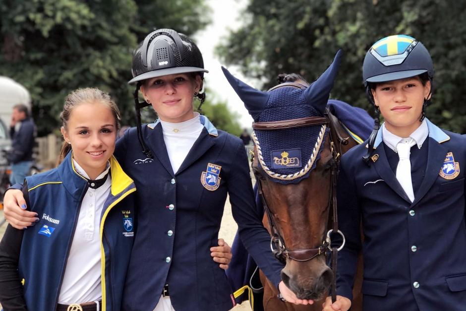 Stark svensk hoppstart på ponny-EM