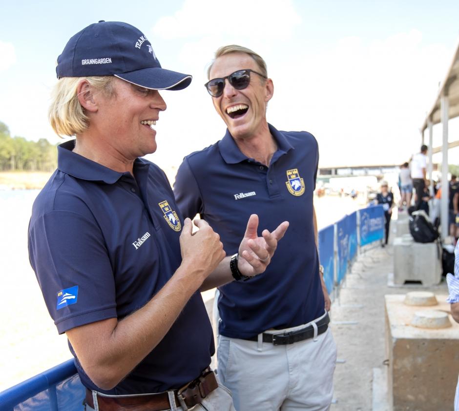 Se Jönsson och Fredricson i Hicksteads Grand Prix