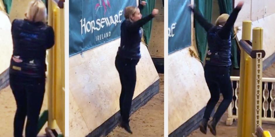 Klipp: Känslostormar på ponny-SM när dottern rider