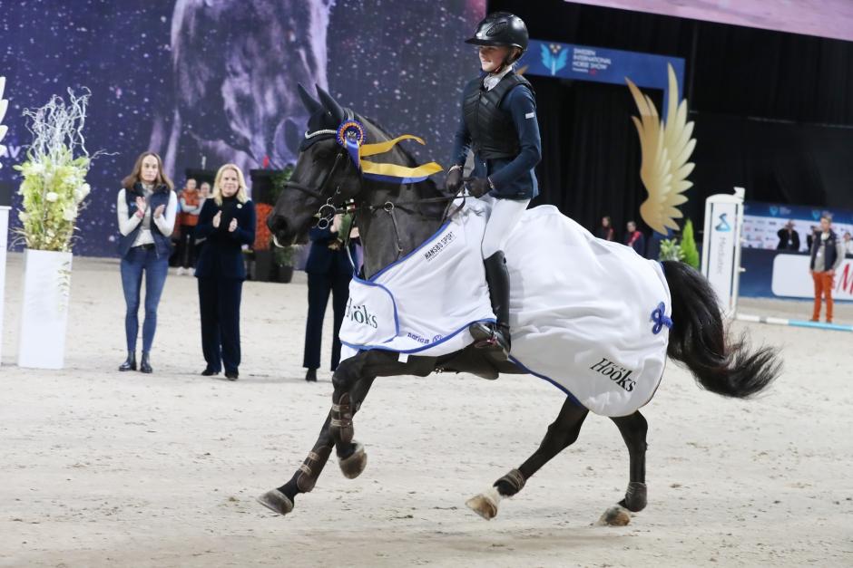 Thea Gånehed tog kommandot i jakten på prinsens pris