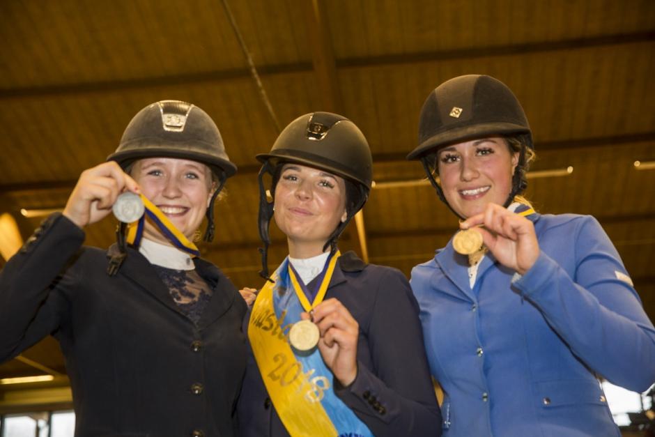 Medaljerna fördelade på SM för unga ryttare