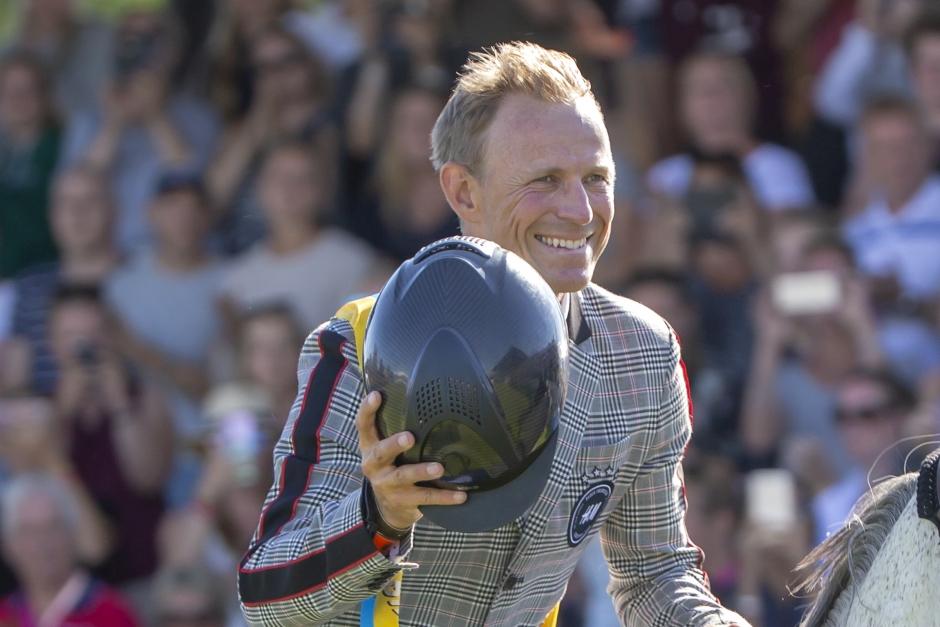 Peder debuterar med ny häst på världscuptävlingen