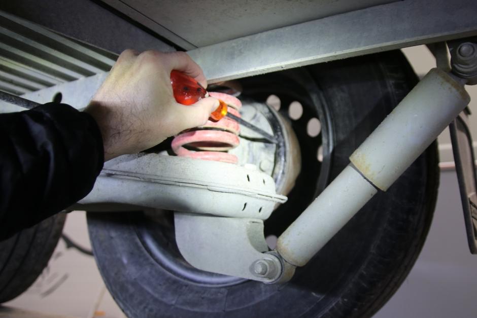 Säkra tips för att släpets bromsar ska fixa vintern