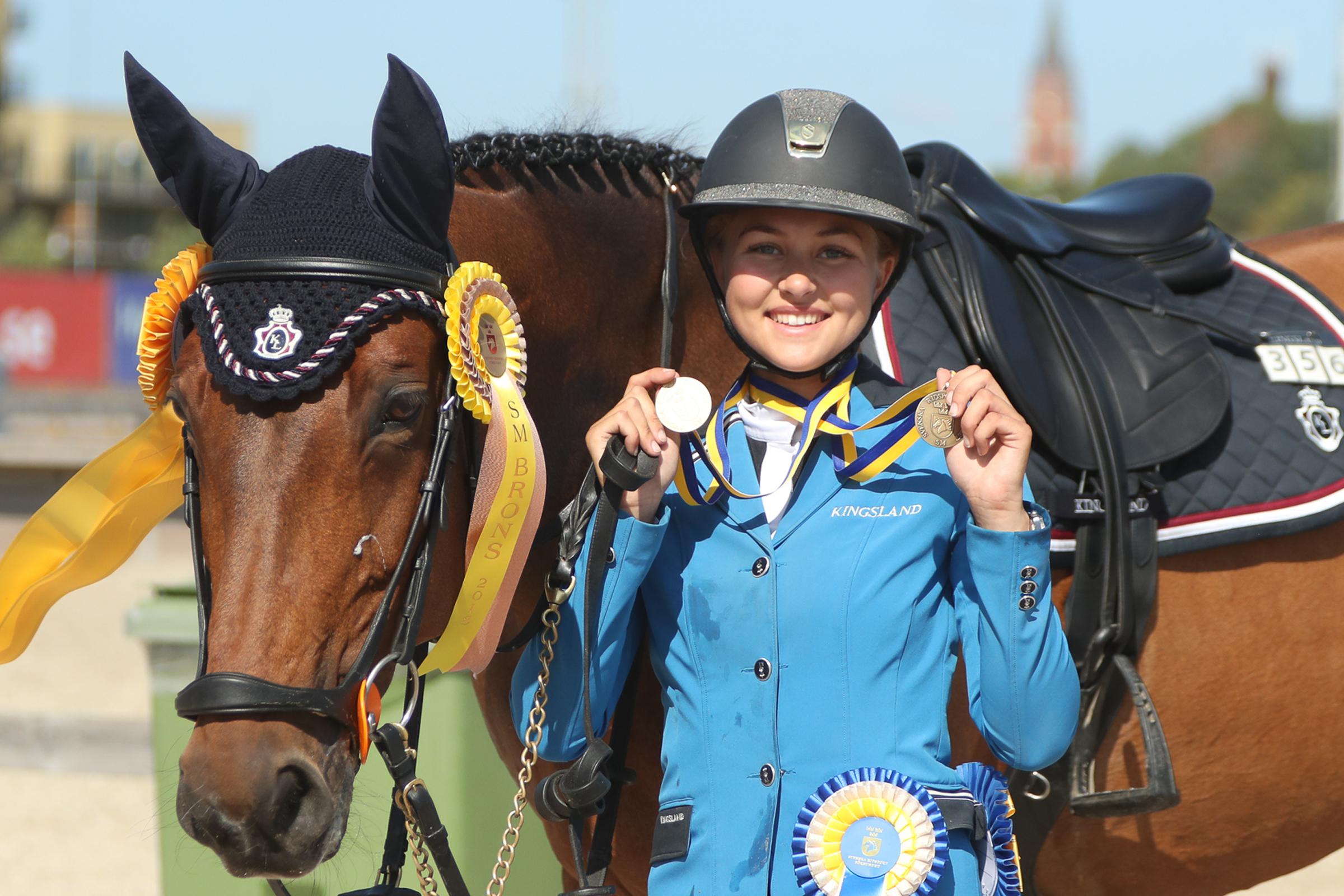 Ottilia Lundgren Ti Quenta B Dubbla Medaljer-4270