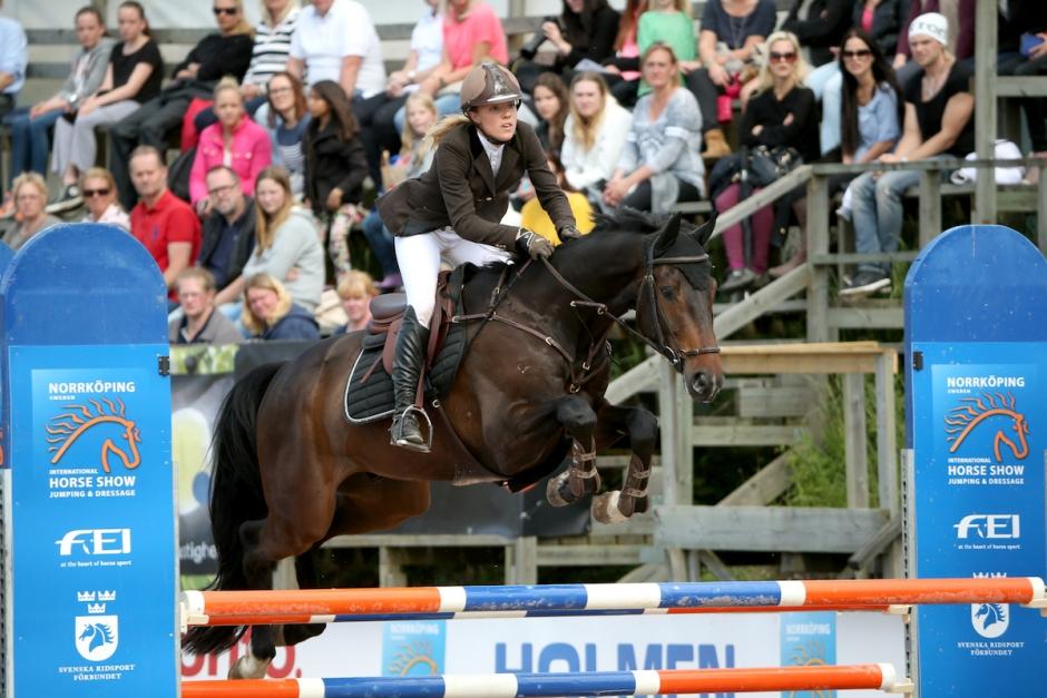 Julia Johansson söndagens 1,45-vinnare