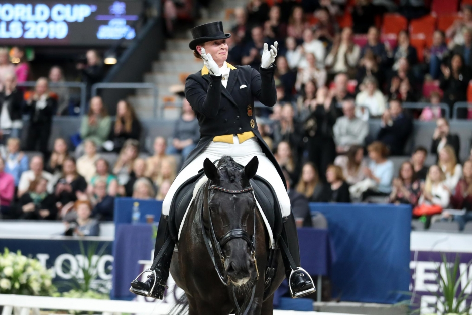 Isabell Werth fortsätter att toppa dubbelt upp