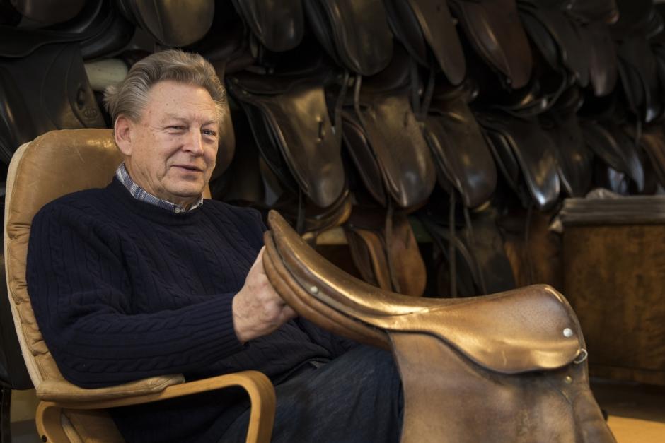 Över 50 år som sadelmakare – Jan Jensen har sett branschen förändras