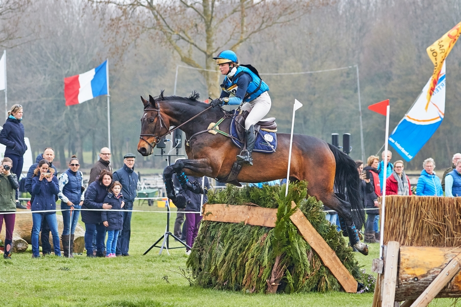 """Algotsson Ostholt om sina framtidshopp: """"Mästerskapshästar"""""""