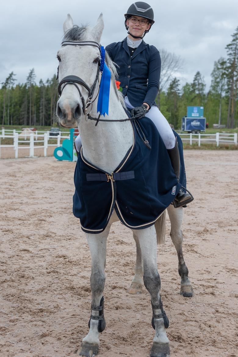 Julia Almebäck - Dakar Z