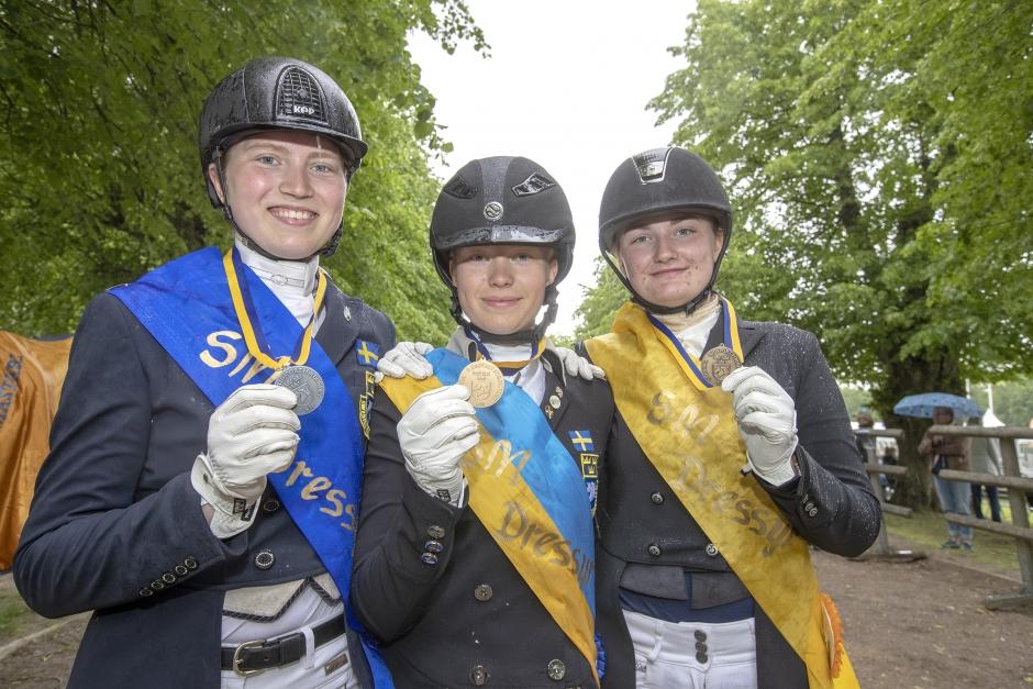 Unga ryttarna klara för SM-final – Elin Mattsson i topp