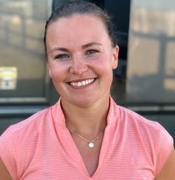 Emma Kåbring, Hoppryttare.