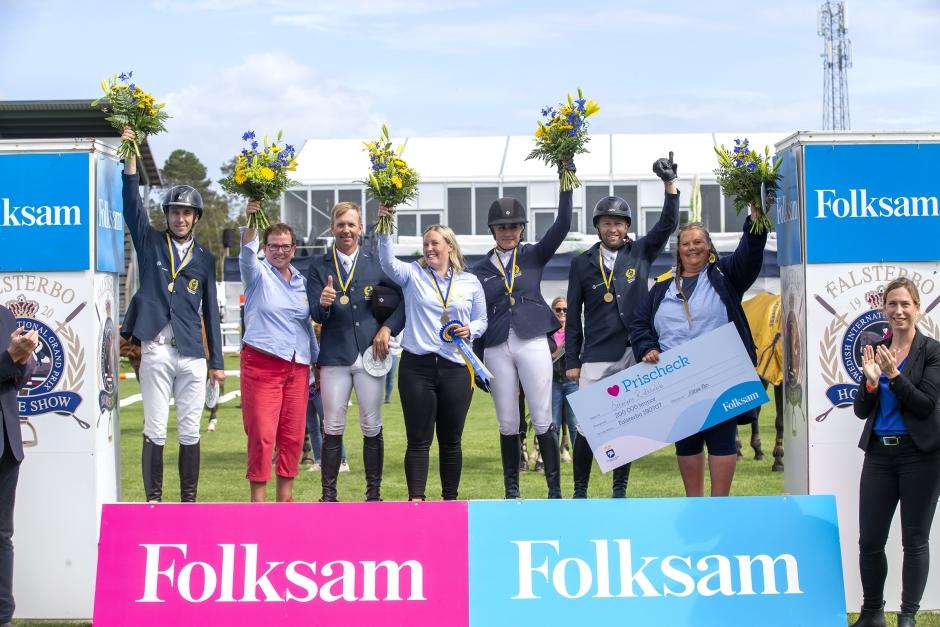 Rutinerat på pallen när svenska mästarna tog segern igen