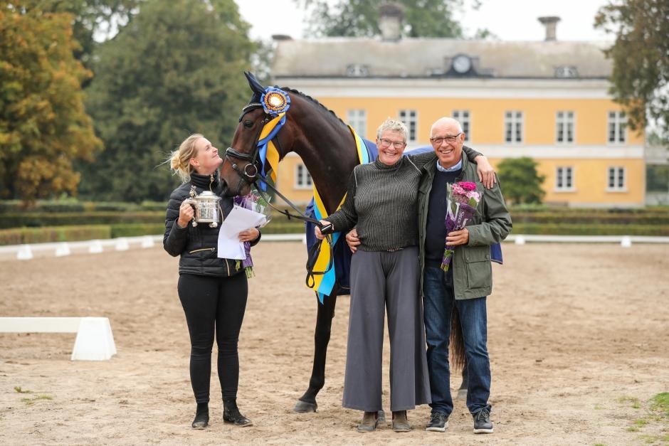 Vita första Breeders Trophy segraren