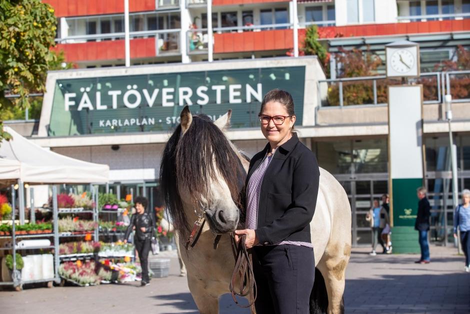 """Nina Känsälä: """"Vi måste vara öppna och visa vad vi håller på med"""""""