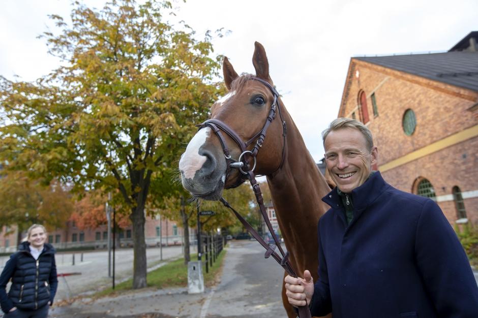 Peder lämnade över Hela Sveriges Häst