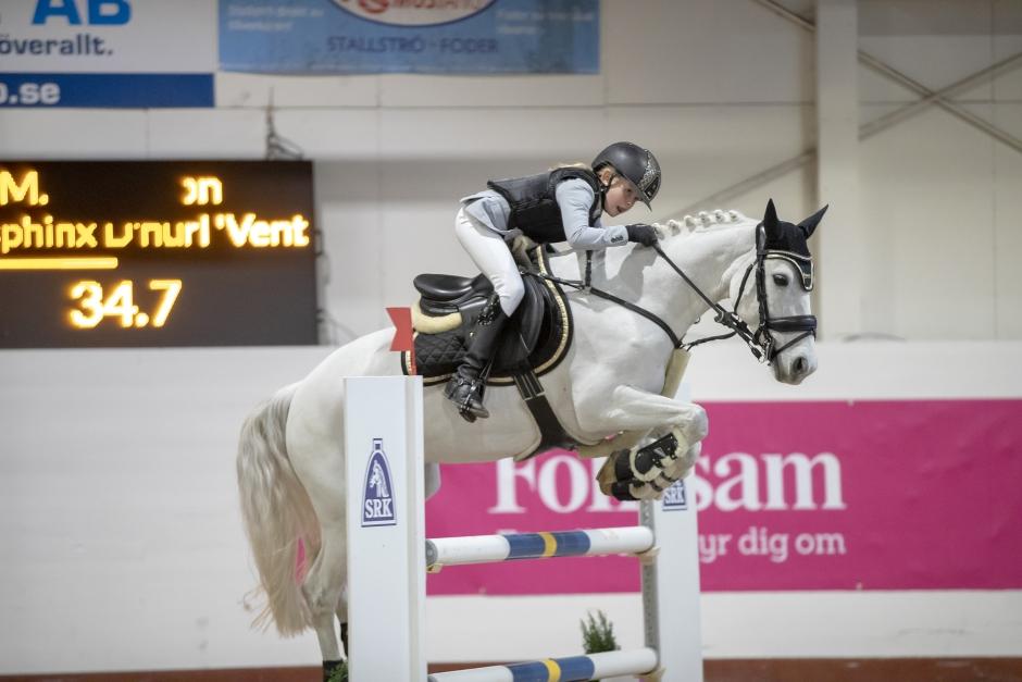 Tioåriga Mathilda vann SM för C-ponny efter tät fajt