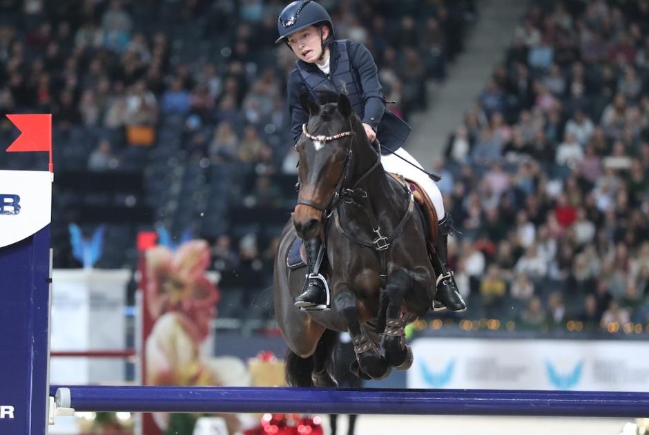 Fanny Fridén toppade välkomsthoppningen i prinsens pris