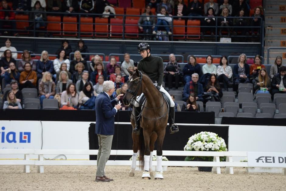 """Christoph Hess: """"Naturlig ridning och glada hästar är målet"""""""