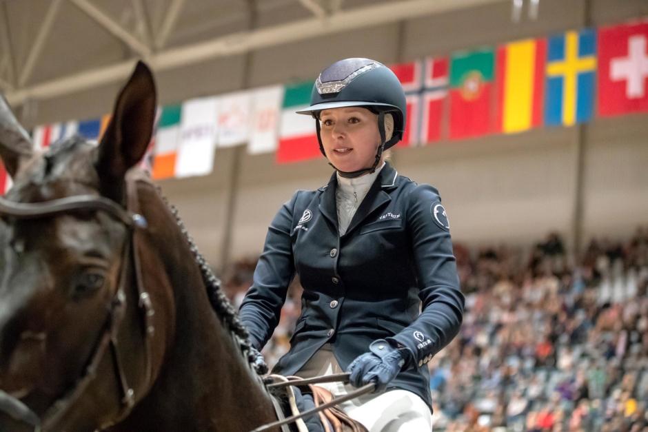Evelina Tovek 1,50-placerad i Belgien