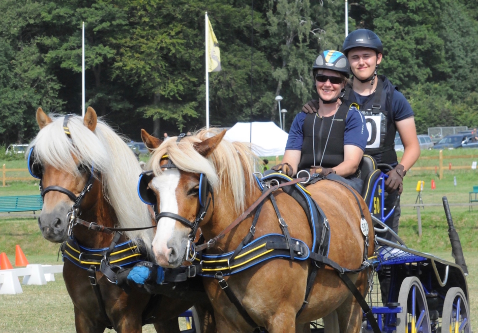 Krasch med ponny på rymmen följdes av seger