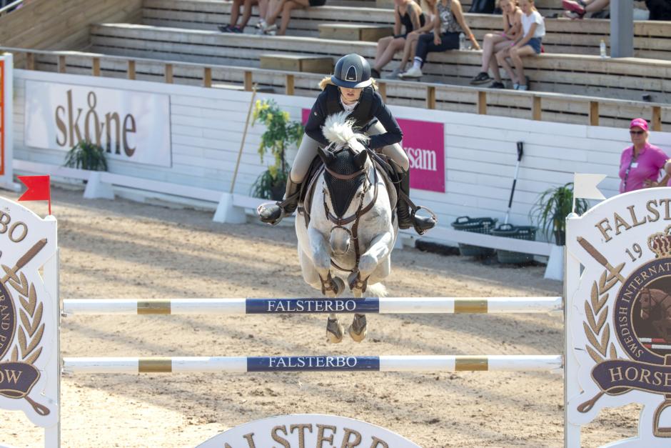 Ponnyer och ryttare uttagna till EM i dressyr och hoppning