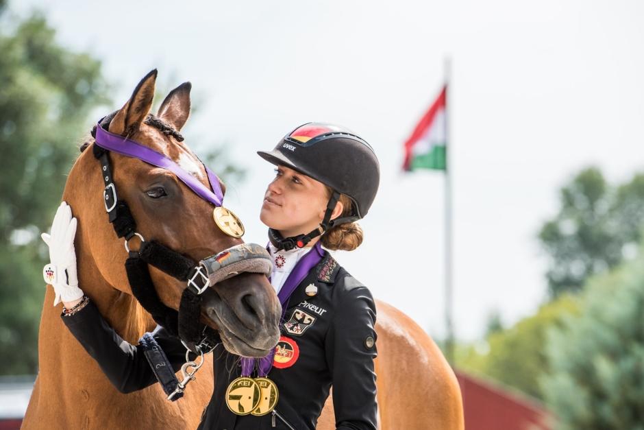 Världsrekord i ponnydressyr gav EM-guld