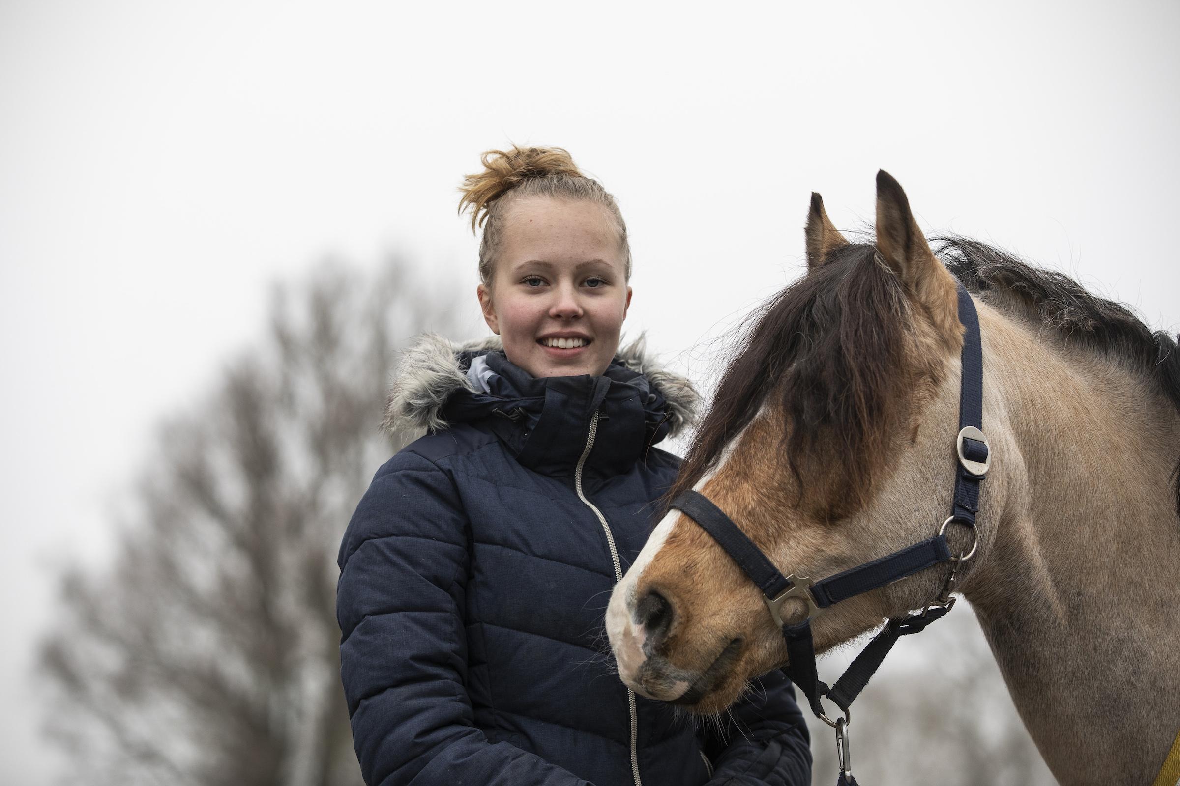 Sportkörning.Kusken Ester Fagerlind Foto: Lottapictures