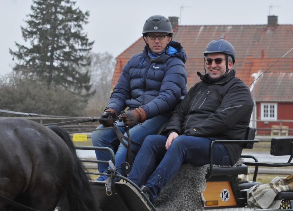 Mathias Niebel storsatsar på svensk sportkörning