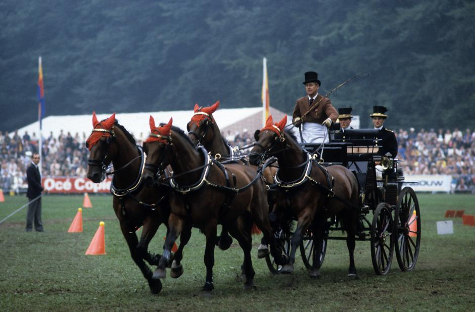 Hästentusiasten Prins Philip är död