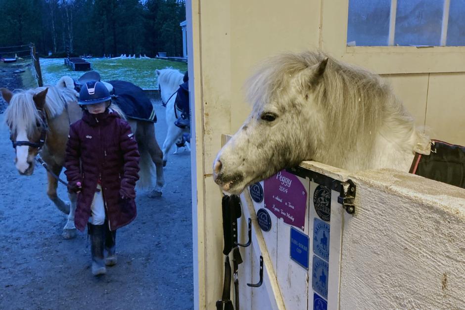 Ponnypappan om när fången håller en fången