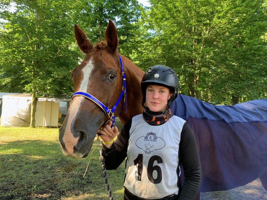 Sara Henriksson vann trestjärnig distansritt i Polen