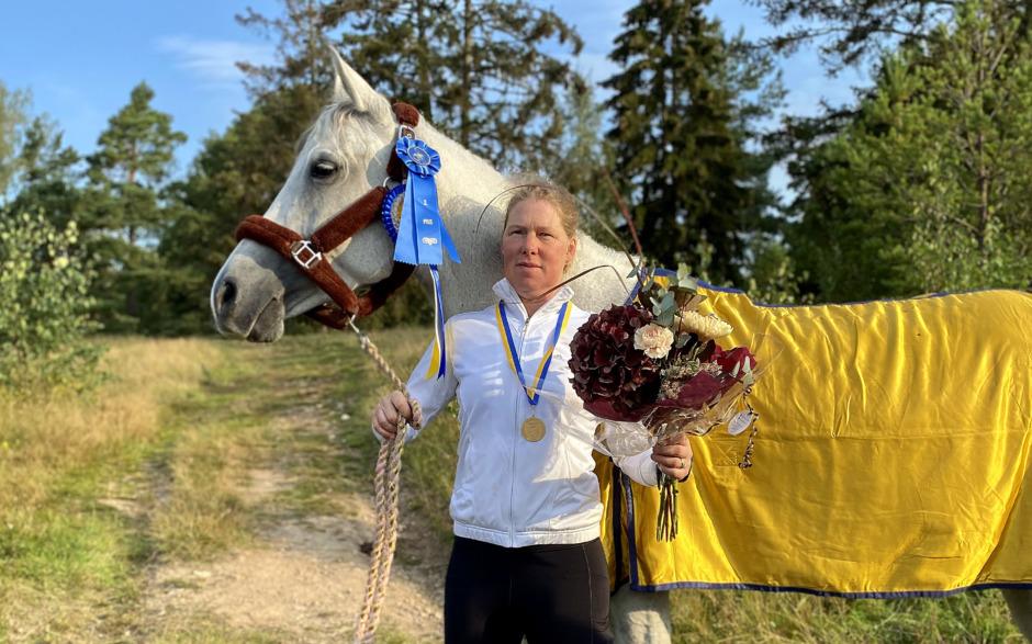 Anna Remmare och Ella Lindblom svenska mästare i distansritt