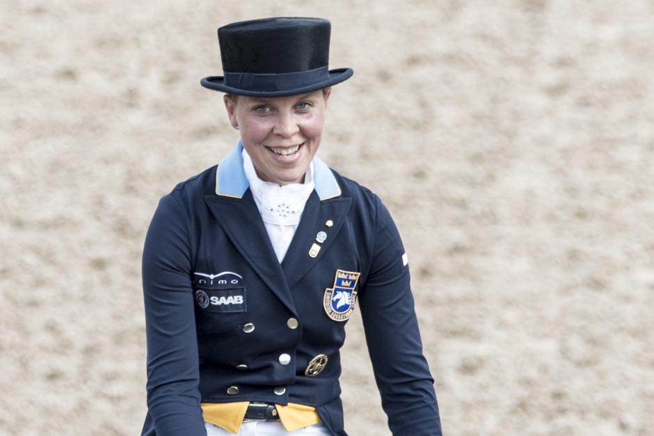 Therese Nilshagen tar över hingsten For Romance I