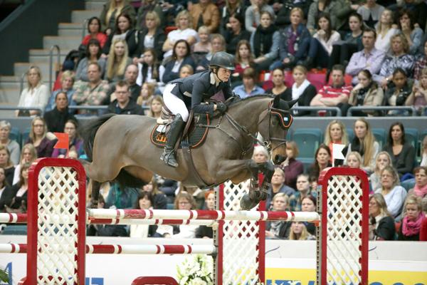 Linda Heed och Bee Wonderful, här i årets Gothenburg Horse Show, var nia på 1,45-höjder i Magna Racino.