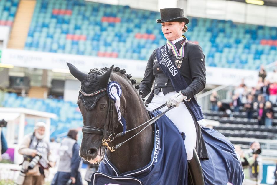 Die Queen segrade och fyra svenskar på topp 15