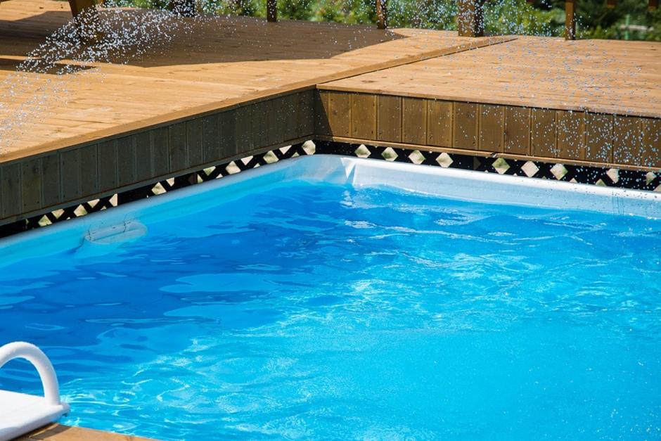 Sto och föl på rymmen – mamman hamnade i pool