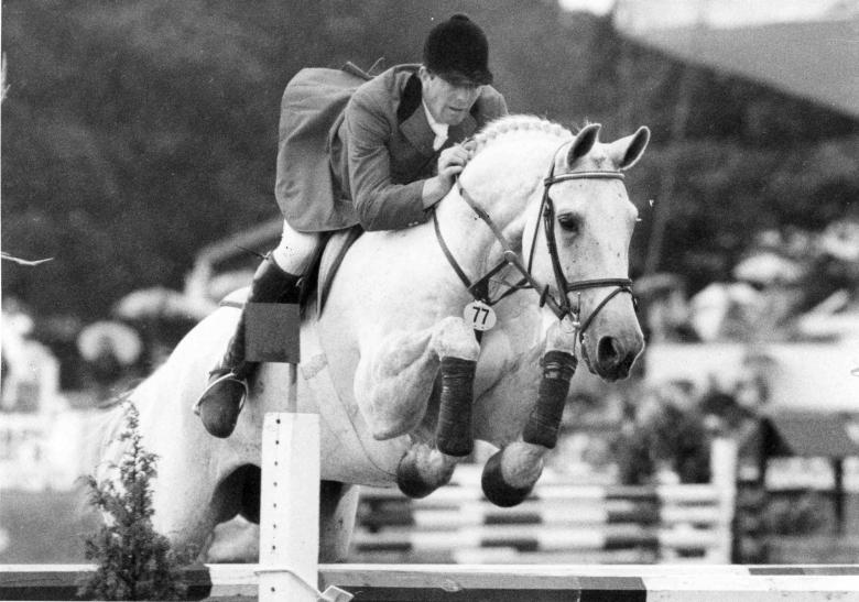 Next Milton var den vita sagohästen som blev en levande legendar och gjorde John Whitaker till ett ännu större namn.