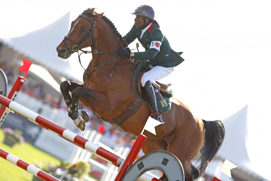 Marocko laddar för OS-start med hästköp