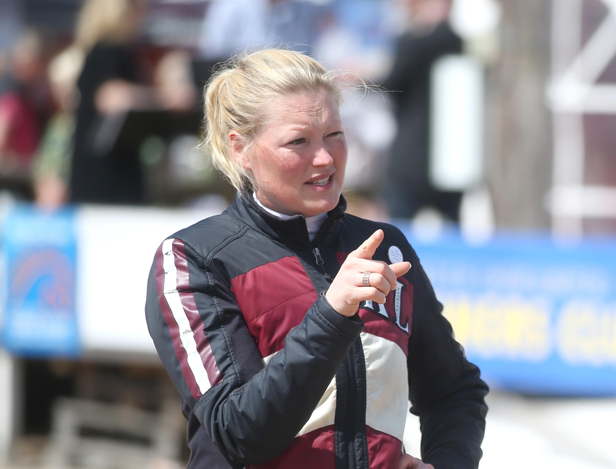 Emma Emanuelsson syns mycket ute på de svenska tävlingsbanorna.