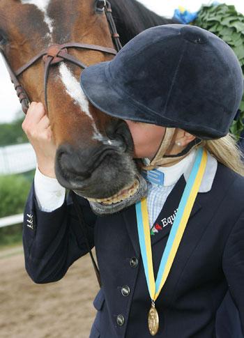 Kan man älska sin häst för mycket?