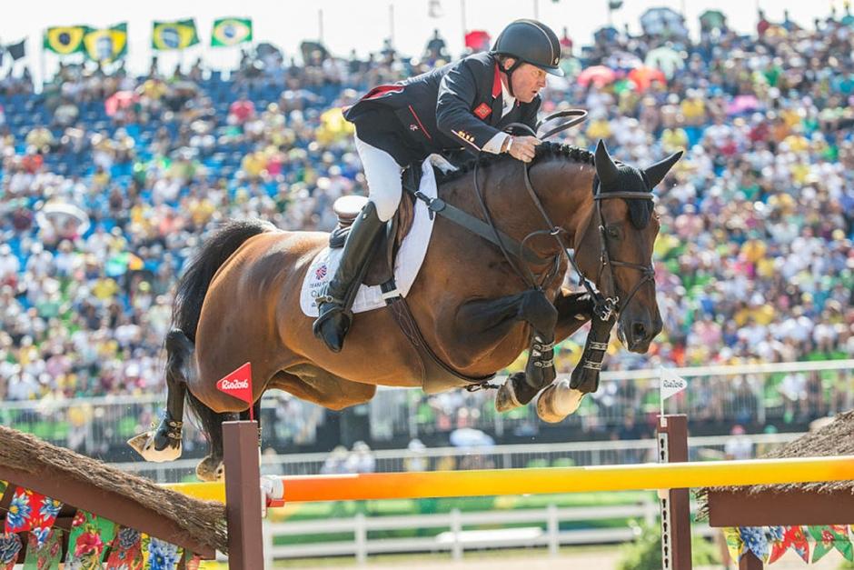 Kolla klippet: OS-vinnaren Big Star älskar fortfarande att hoppa